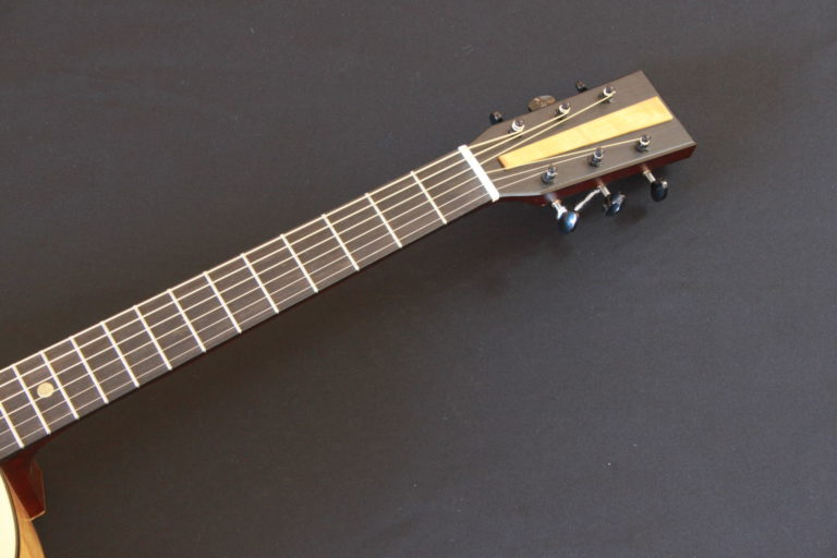 Blind Guitars B26 tête
