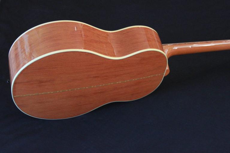 Gibson L130 dos 2